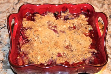 Strawberry Rhubarb Crunch