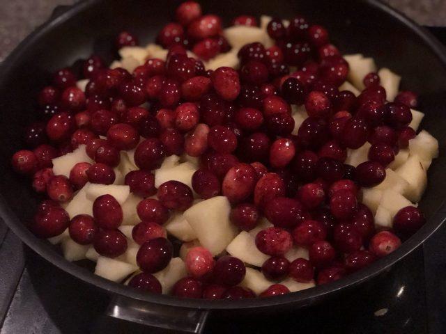 Cranberry Apple Chutney preparation