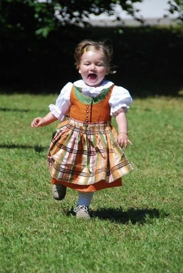 Small girl in Dirndl