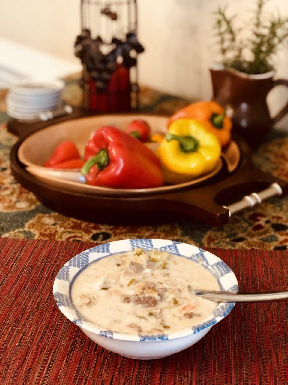 Creamy garlic leek soup