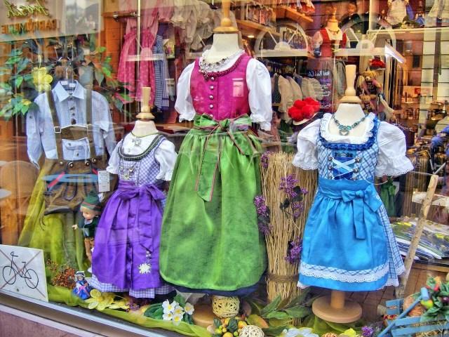 Dirndl, Bavarian Trachten
