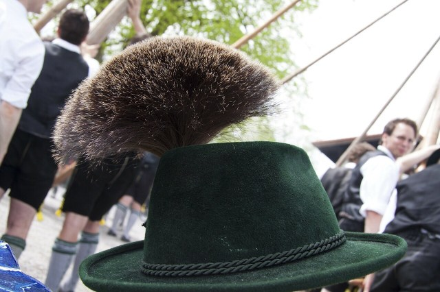 Bavarian hat, Gamsbart