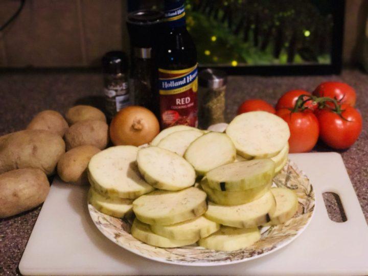 Moussaka, Greek dish ingredients