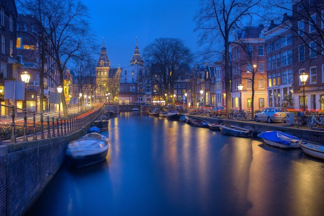 Amsterdam Boat ride at night