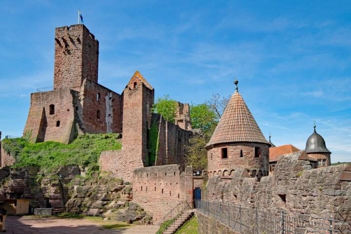 Walking up to the Wertheim Castle