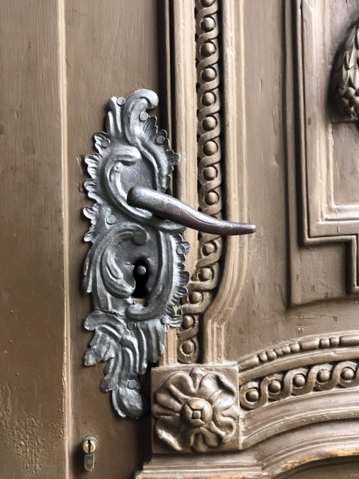 Historic knobs and pulls