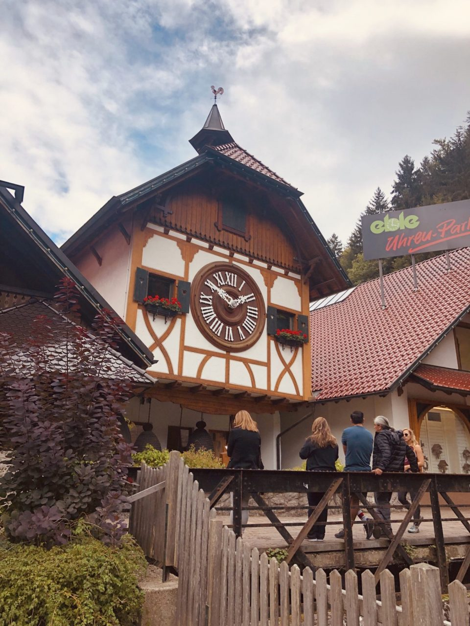 Black Forest large cuckoo clock, Triberg