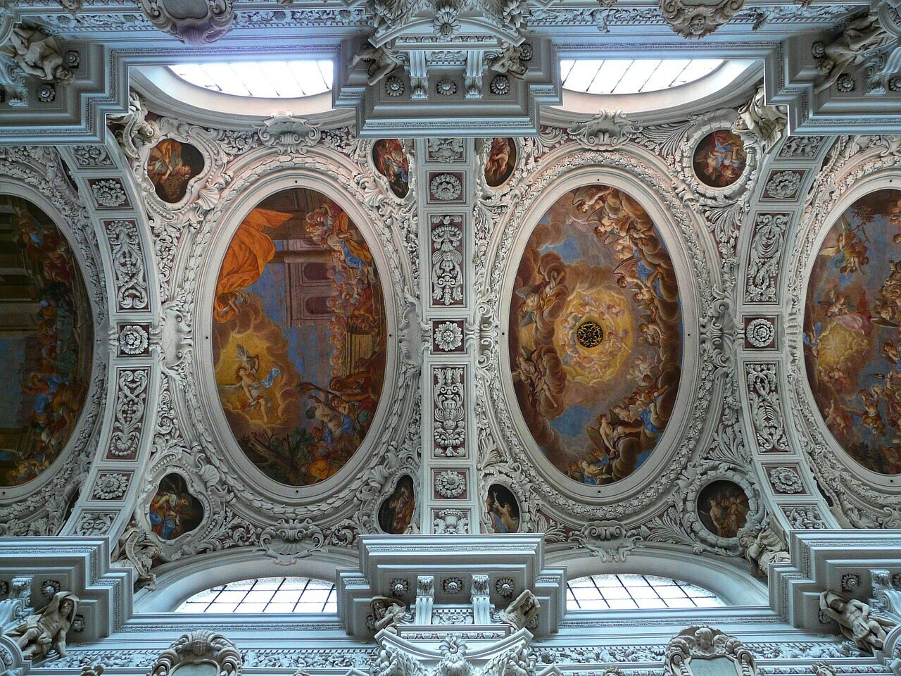 Inside the Stephansdom, Cathedral ceiling, Passau