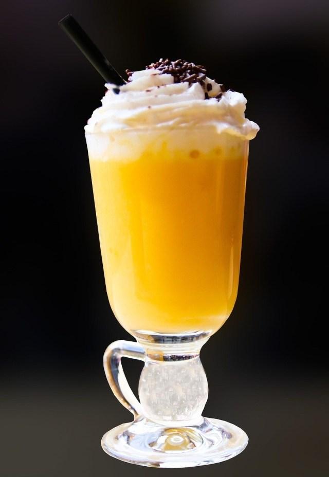 Eierpunsch, Egg liquor punch