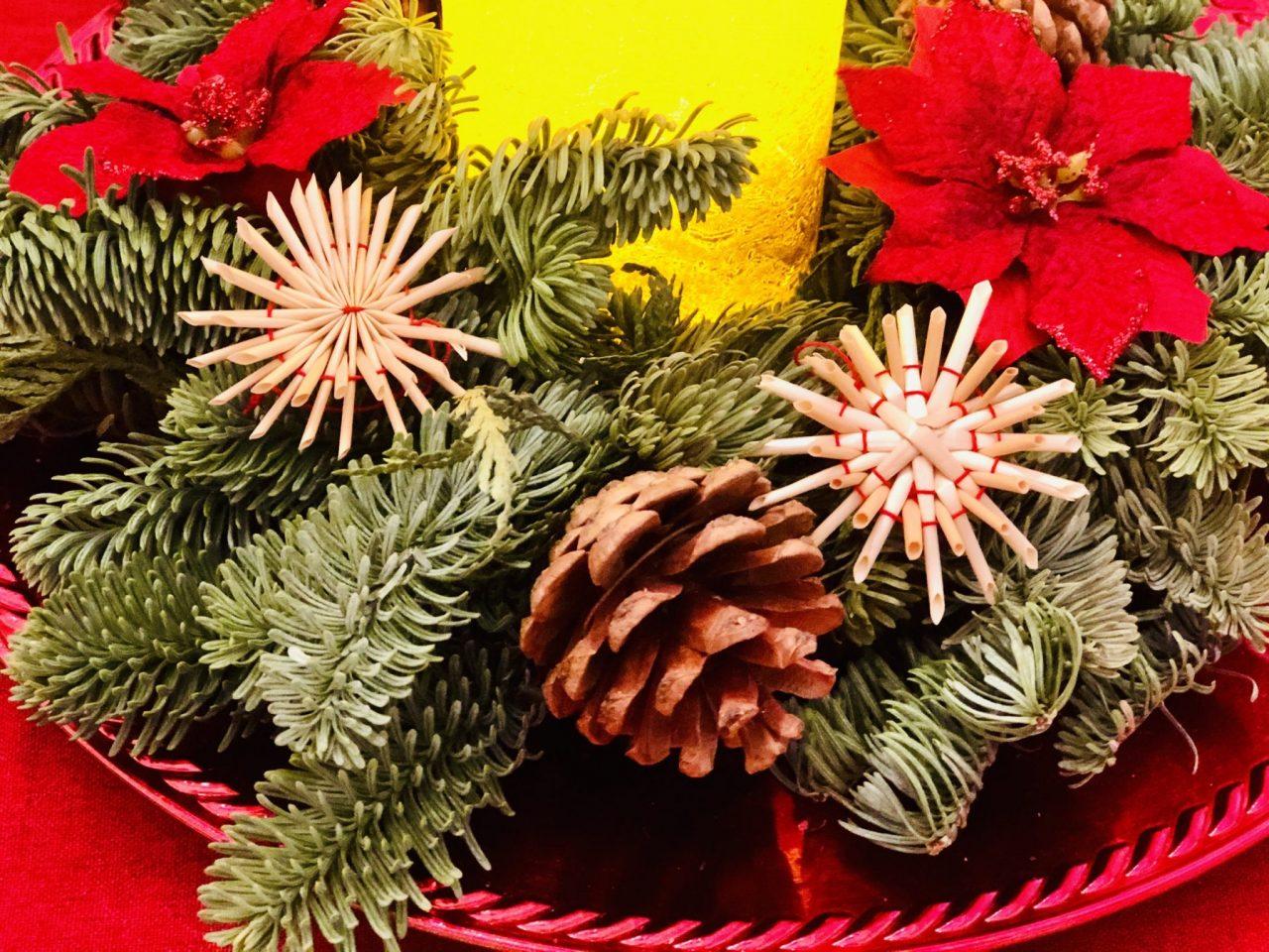 Straw star, Christmas wreath