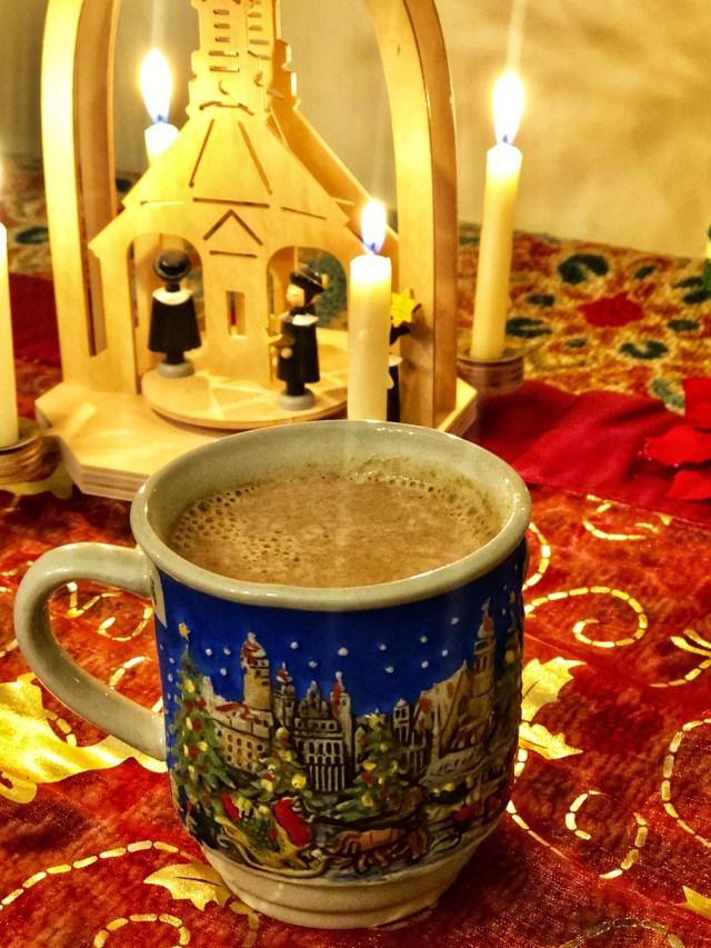 Hot Eggnog liquor, Christmas drink