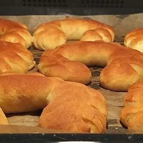 Bake Form Eierweck, Yeast croissants