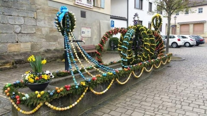 Osterbrunnen, decorated Easter fountain