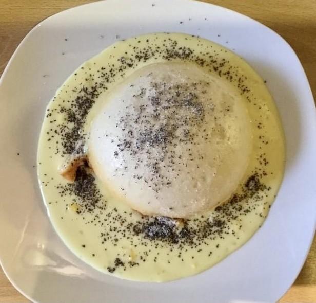 Dampfnudel, steamed German Dumplings