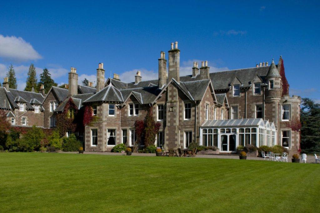 luxury fishing accommodation in scotland