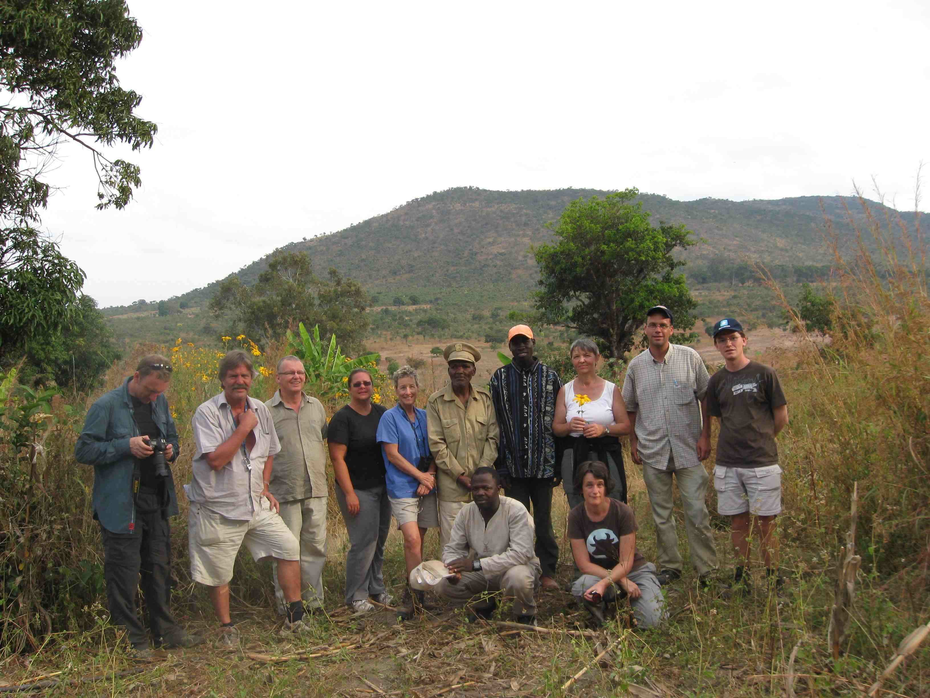 Angola Field Group members meet the soba of Mount Sumi on their May field trip to Huambo.