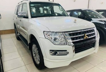 Mitsubishi Pajero Plus