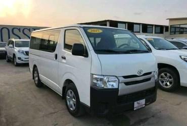 Toyota Hiace Quadradinho 932453628