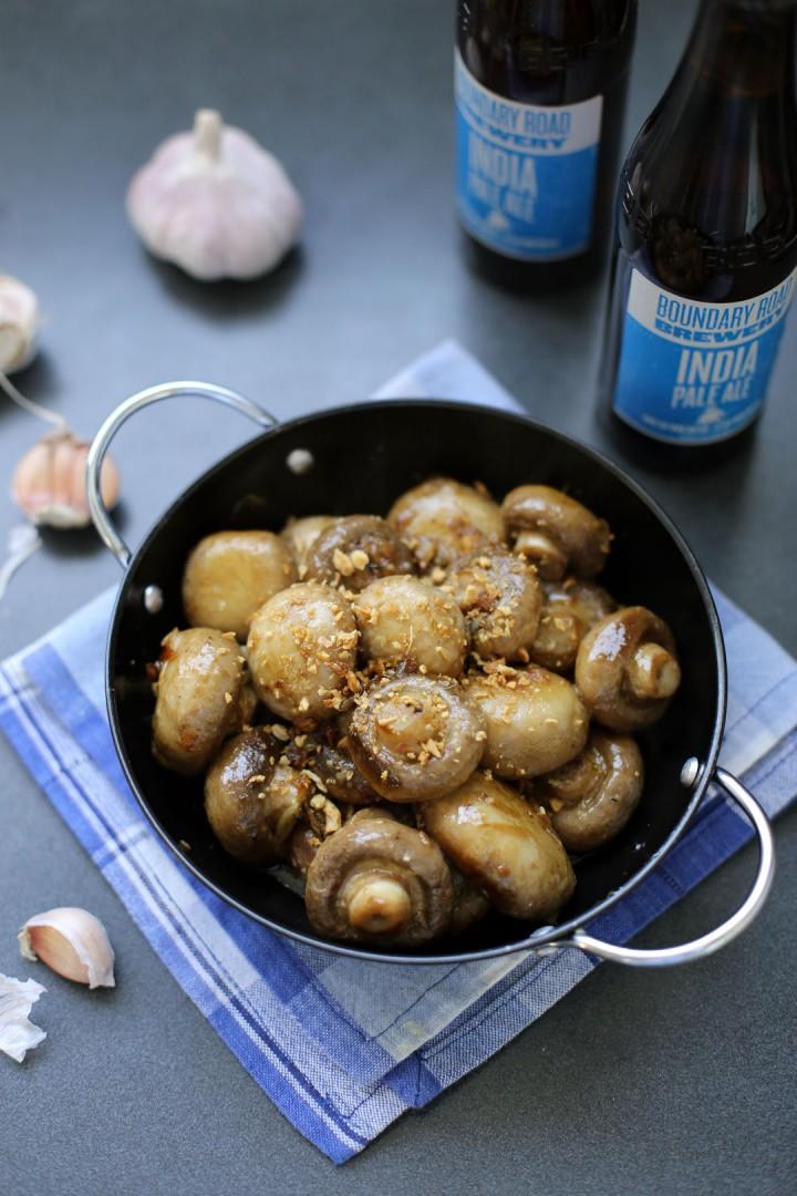Champinones al Ajillo (Garlic Mushrooms)