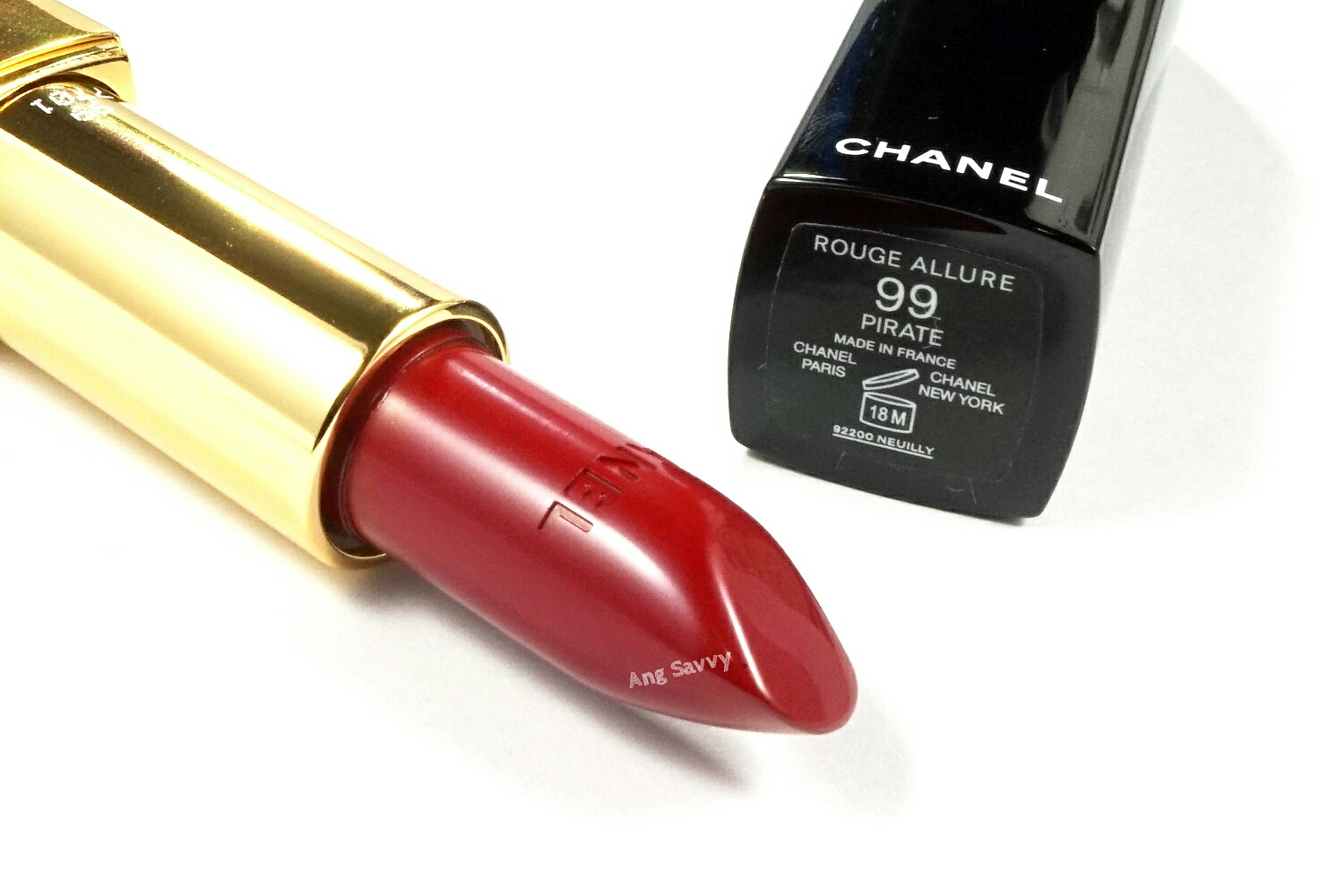 Rote Mascara Chanel Rouge Allure 99 Pirate Lipstick Ang Savvy