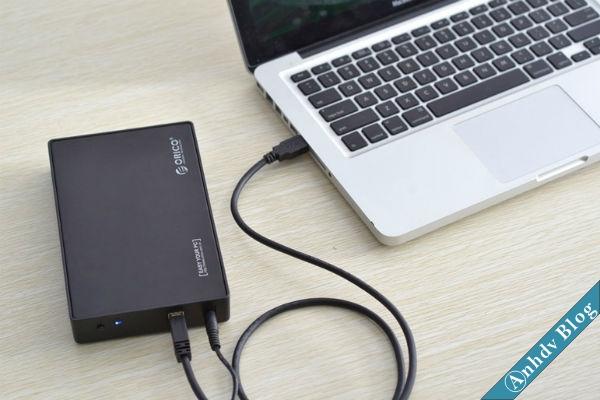 Kết nối ổ cứng với máy tính qua HDD Box