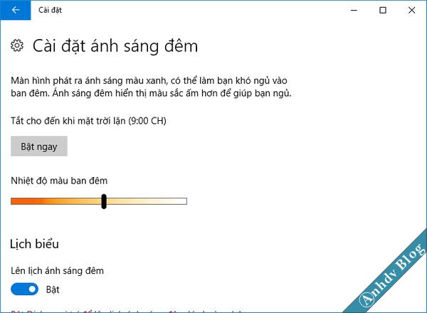cài đặt chế độ ánh sáng ban đêm Windows 10 Creator
