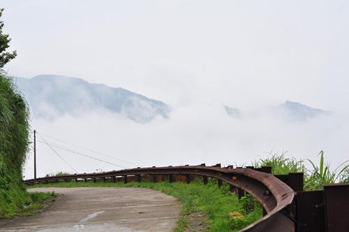 Sáng sớm đầy sương mờ trên đỉnh Mẫu Sơn - 5