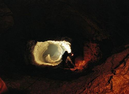 Khám phá hang động sâu nhất thế giới - 9