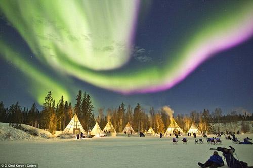 Ngắm cực quang huyền ảo ở Canada - 4