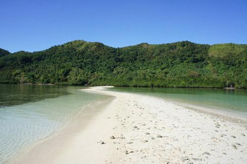 Vẻ đẹp siêu thực của đảo Rắn ở Đông Nam Á - 4