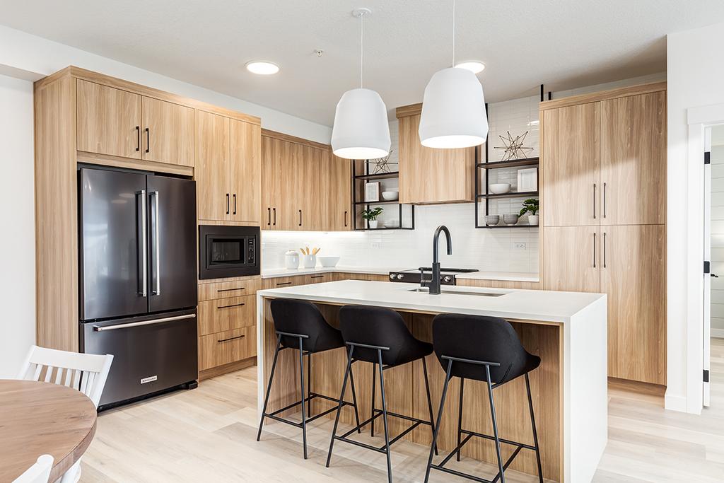 Modern interior kitchen by Logel Homes