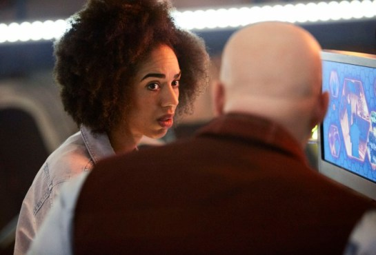 Programme Name: Doctor Who S10 - TX: 15/04/2017 - Episode: n/a (No. 1) - Picture Shows: Bill (PEARL MACKIE), Nardole (MATT LUCAS) - (C) BBC - Photographer: Simon Ridgway