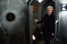 Doctor Who S10 - TX: 13/05/2017 - Episode: Oxygen (No. 5) - Picture Shows: The Doctor (PETER CAPALDI) - (C) BBC/BBC Worldwide - Photographer: Simon Ridgway