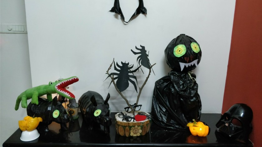 Easy Monster theme Halloween or party decoration