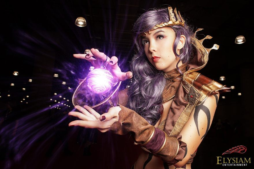 Monika-Lee-Diablo-III-Wizard-Cosplay-01