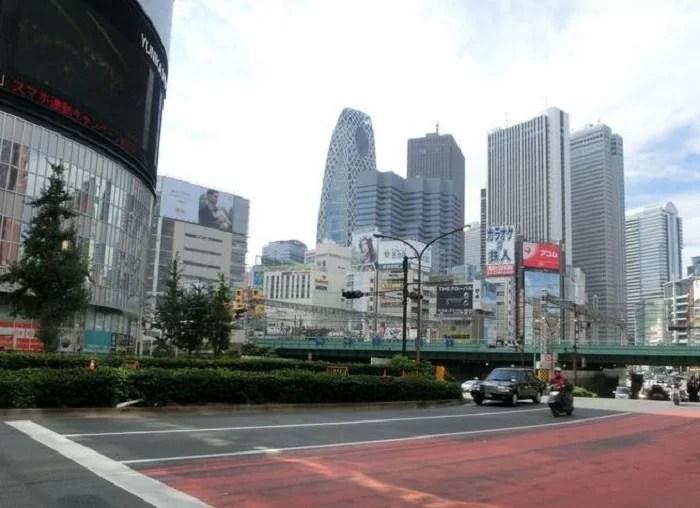 歌舞伎町交差点