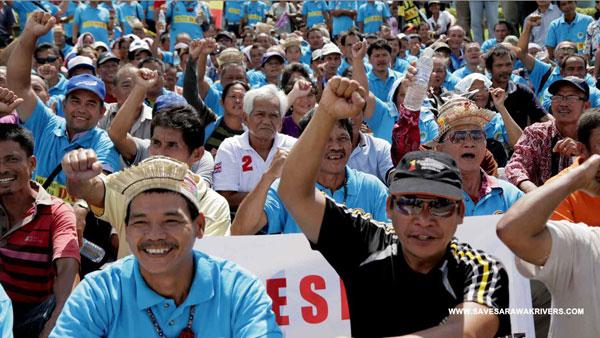 02_kuching_dams_protest_IHA_2013_05_22