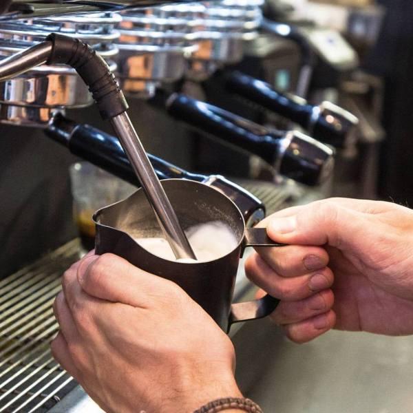 Curso barista básico-emulsión de leche