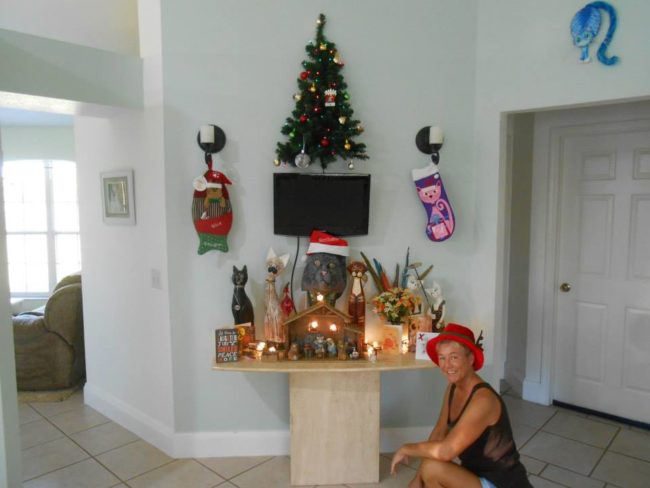 5-how-these-people-saved-christmas-trees-is-brilliant