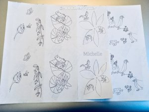 Sticker with animals and flower drawings to colour