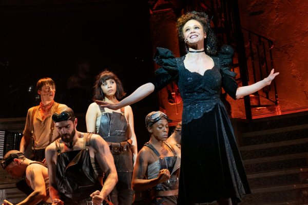 Review: The Metamorphosis of 'Hadestown,' From Cool to Gorgeous