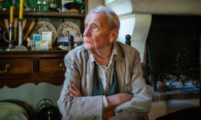 Christopher Tolkien, Keeper of His Father's Legacy, Dies at 95