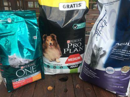 Cette magnifique commande nous est arrivée sans le nom du donateur. Faites-vous connaitre : animauxseniors@yahoo.com ❤ On aimerait vous remercier ❤