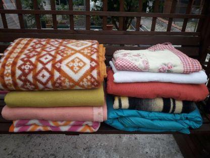 Merci à Nathalie pour ces belles couvertures et pour les câlins au papy Rouky ❤