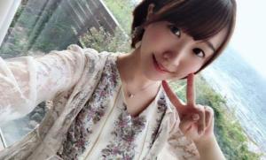日本漫畫家18歲出道,因為是美女受關註,卻出道成了偽娘虛擬主播。