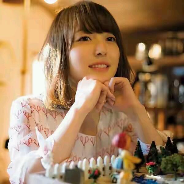 人氣聲優花澤香菜的角色你最喜歡哪個?黑貓上榜,老司機最喜歡她