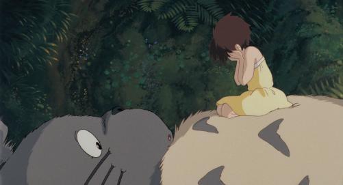 泣くサツキと大トトロ