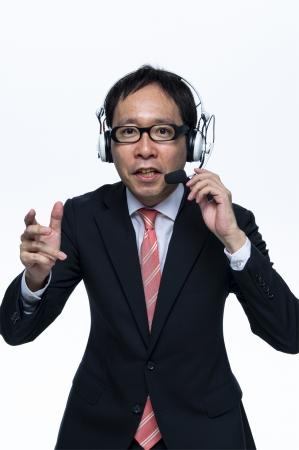 「何でも実況してしまう実況のプロフェッショナル」清野アナウンサーが『ゲーム実況を実況』します。