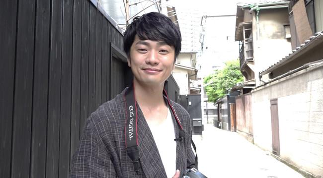 「声優カメラ旅」 (福山潤)TM & (c) 2021 Turner Japan.