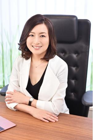 「三陸❤おおつち PR 大使」であり本プロジェクトのプロデューサーを務める株式会社S代表 佐藤ひろ美